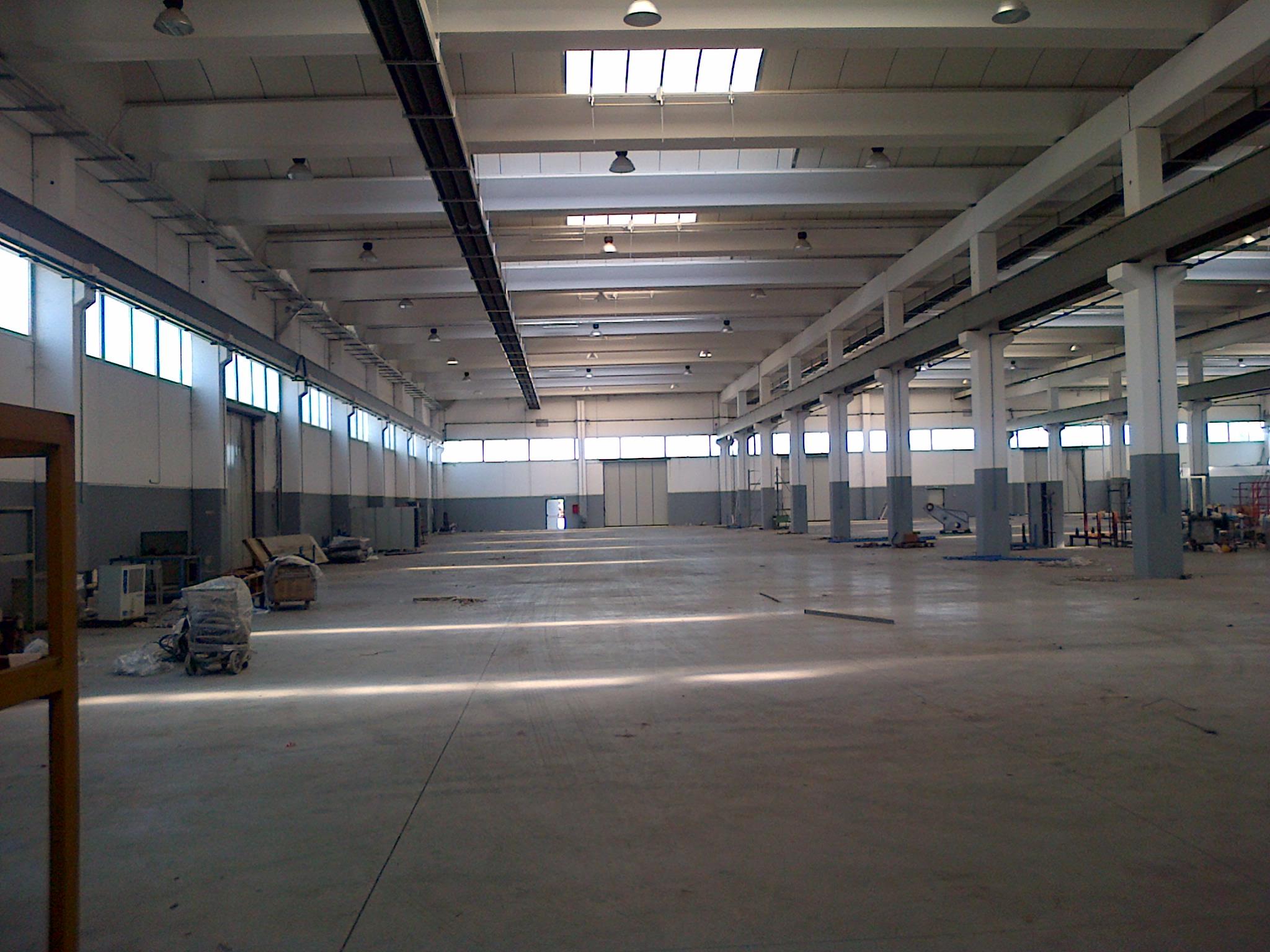 2137 lentate sul seveso nuovo capannone industriale for Boffi cucine lentate sul seveso