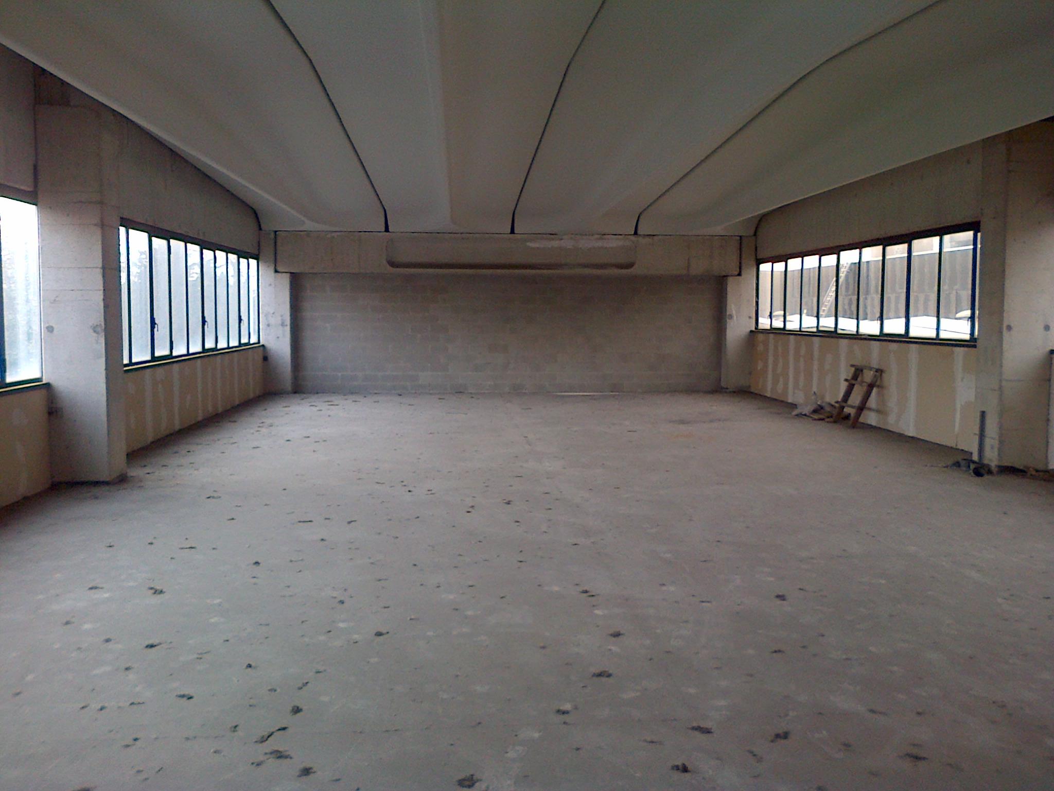 2205 biassono capannone industriale con uffici affitto for Uffici in affitto milano